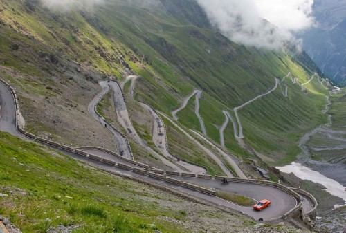 stelvio pass transcontinental race